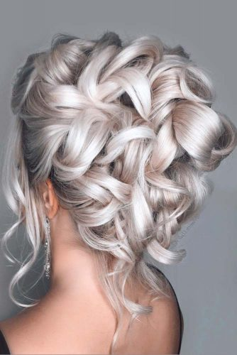 Exquisite Updo Hairstyles For Prom Icy Blonde Color #updohairstyles #longhair #promhairstyles #promhair #hairstyles
