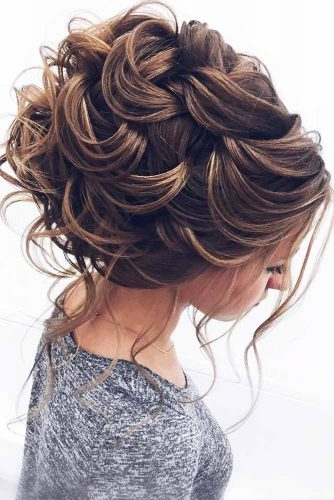 Romantic and Lovely Updos Hairstyles picture 2