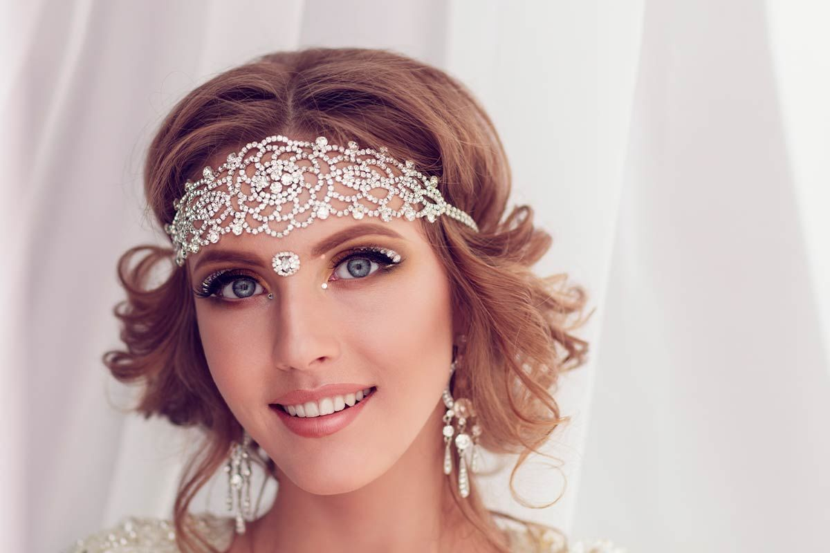 Exquisite Hair Jewelry Pieces To Make Your Wedding Hairstyle Unforgettable