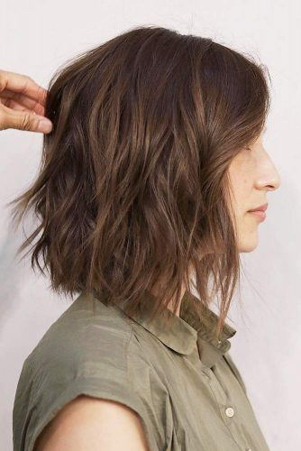 Middle Parted Layered Long Bob #layeredbobhairstyles #layeredbob #hairstyles #haircuts