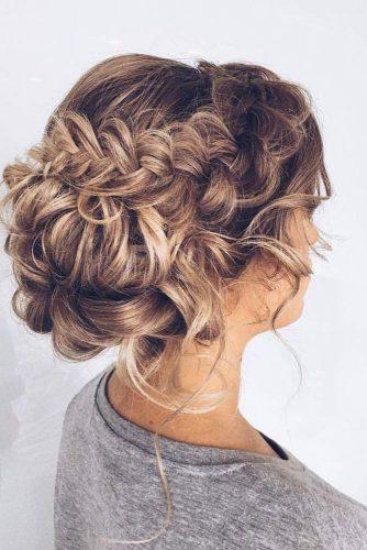 Elegant Updos for Medium Hair pic 1
