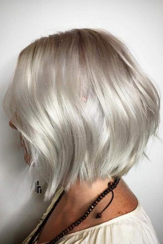 Middle Parted Medium Bob #mediumbob #mediumbobhaircuts #haircuts #bobhaircuts