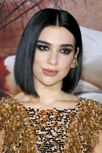 Middle Parted Straight Bob #mediumbob #mediumbobhaircuts #haircuts #bobhaircuts