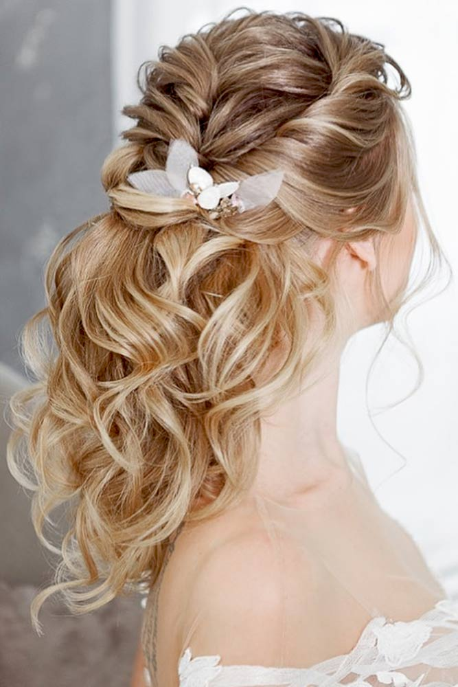 Incredible Bridesmaid Hairstyles for Medium Hair picture 3