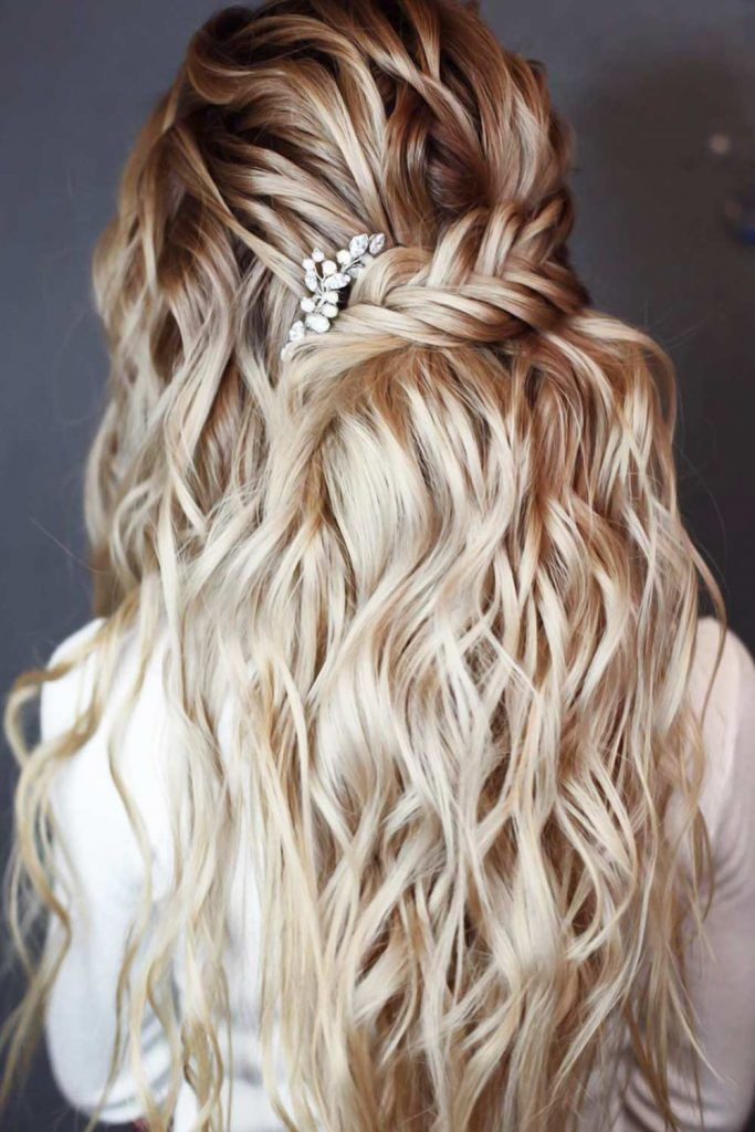 Half-Up Bridesmaid Hair Fishtail Braid Messy #bridesmaidhair #bridesmaidhair styles