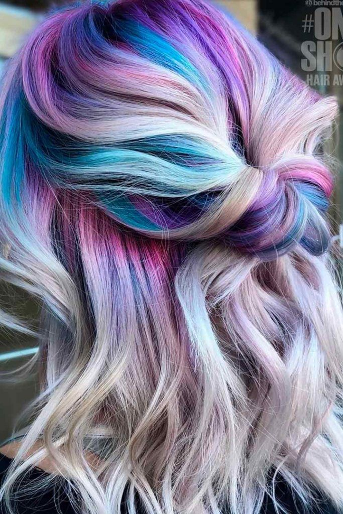 Beautiful Messy Style for Medium Length