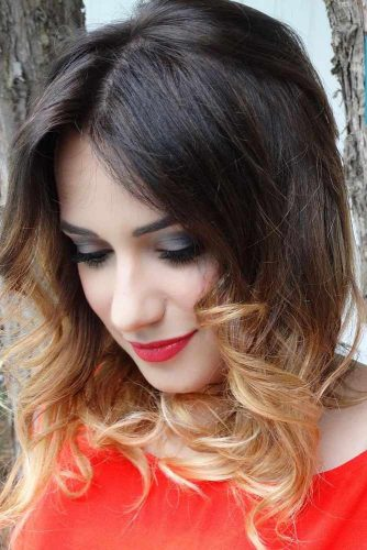 Chic Medium Hairstyle picture2