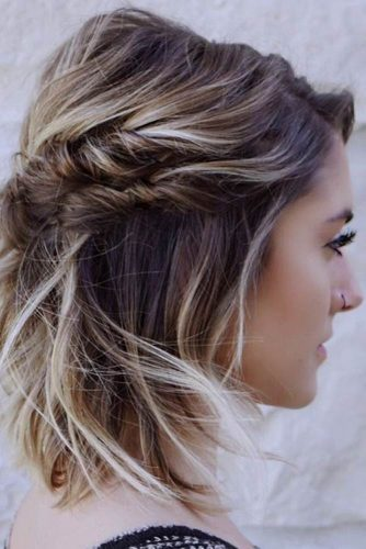 Beautiful Messy Style for Medium Length picture2