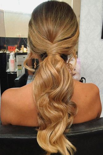 Charming Hairstyles for Long Hair picture 2