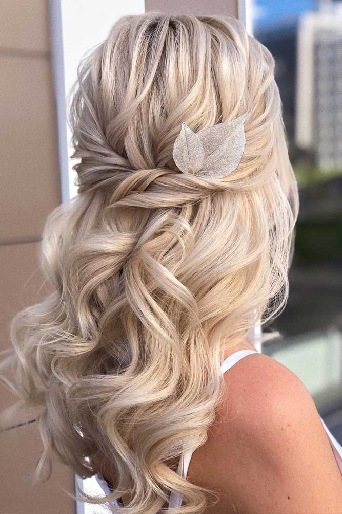 Half Up Long Wavy Style For Formal Hair #formalhairstyles #longhair #hairstyles