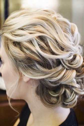 Try These Feminine Hairstyles to Look Magnificent picture 1