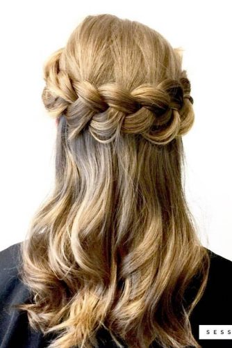 Try This Office-Ready Hairstyles to Look Like Business Lady picture 2