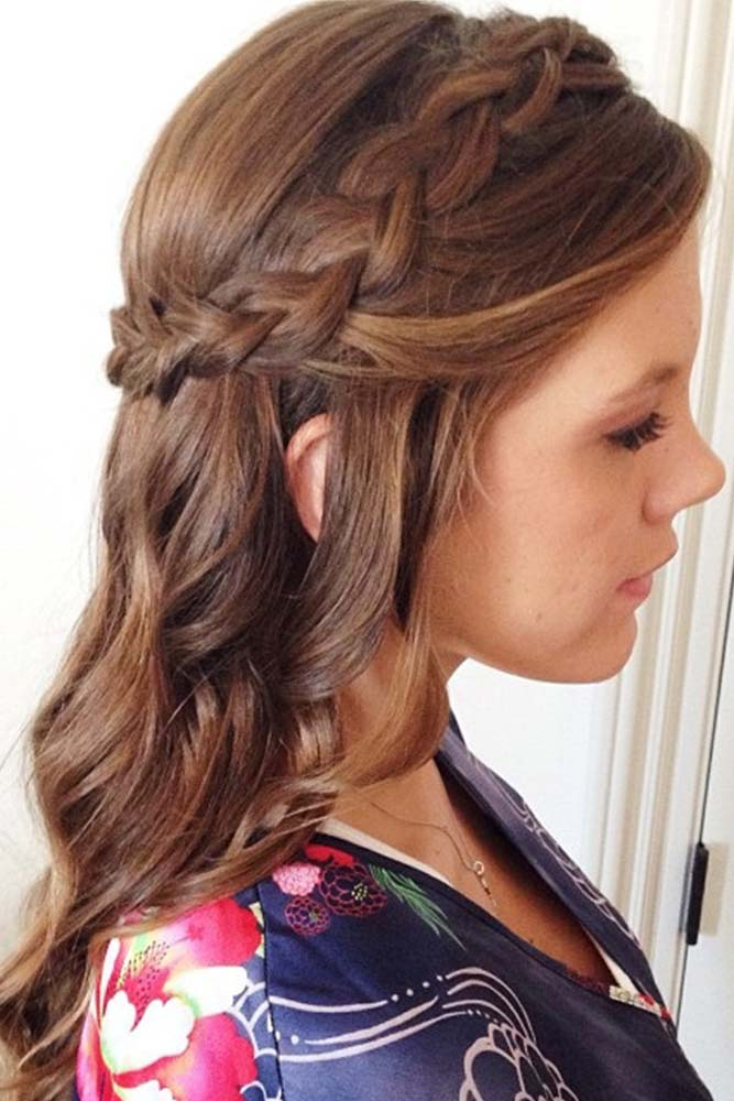 Try This Office-Ready Hairstyles to Look Like Business Lady picture 3
