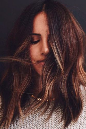 Lovely Medium Length Layered Hair Styles picture 2