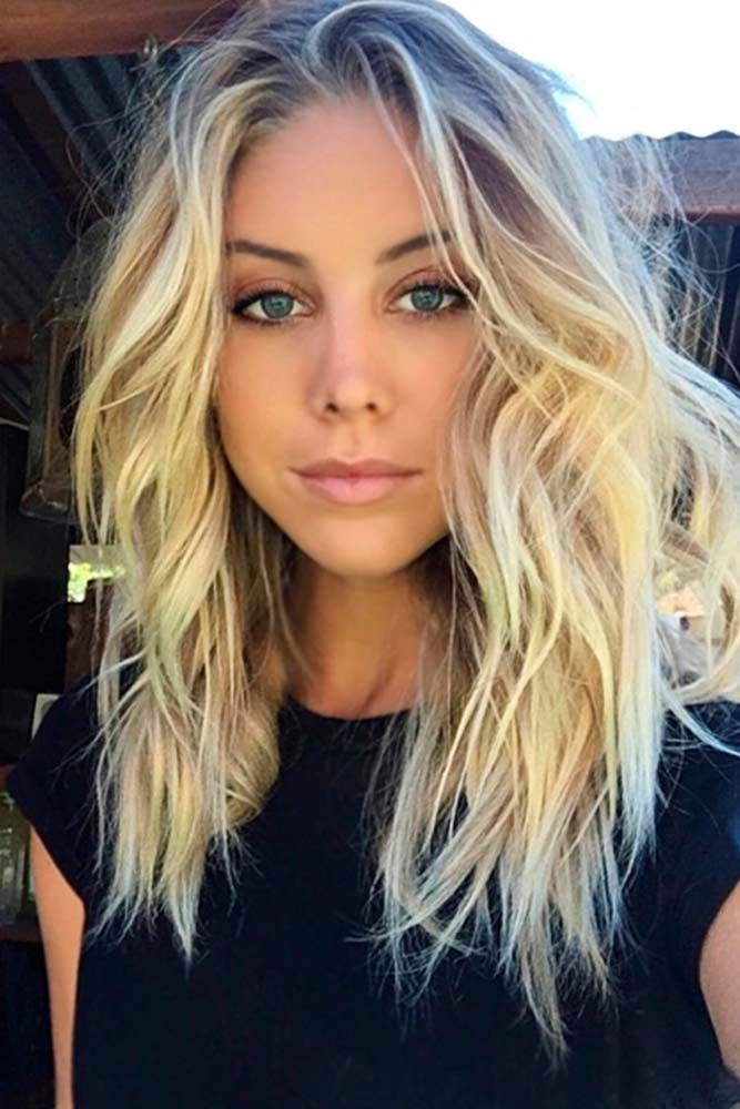 Choppy Medium Length Layered Hair Blonde #mediumhair #layeredhair