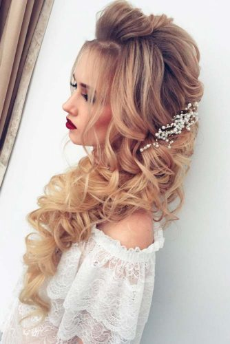 Prom Hairstyles Down with Accessories picture3