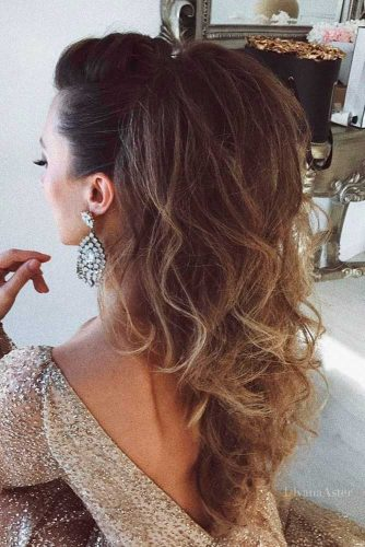 Hairstyles for Creative Girl for Prom Night picture 3