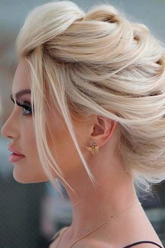 Long Hair Ideas for Prom Night picture1