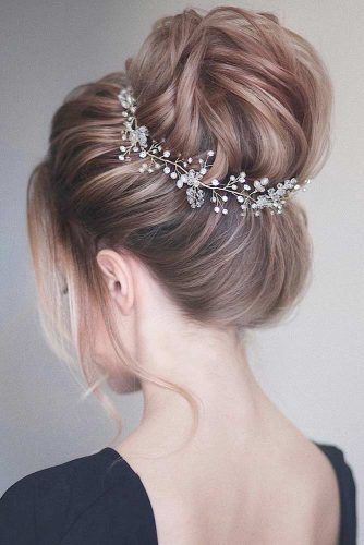 Updos for Sophisticated Lady picture 3