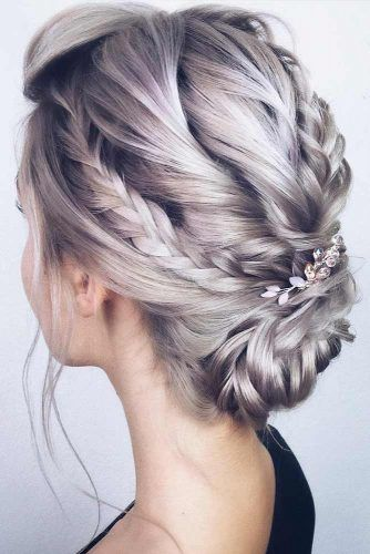 Accessorized Braided Updos For Prom #promhairstyles #longhair #hairstyles #updohairstyles