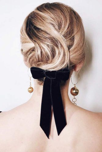 Twisted Updo Bow #updo #promhair #promhairstyles
