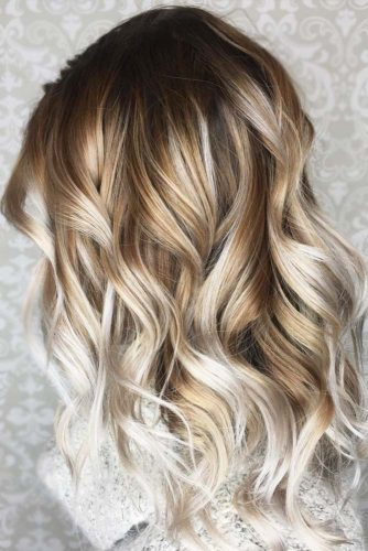 Wavy Medium Length Hair Styles picture 2
