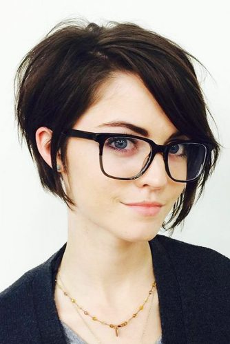 Short Hairstyles for Straight Hair picture 3