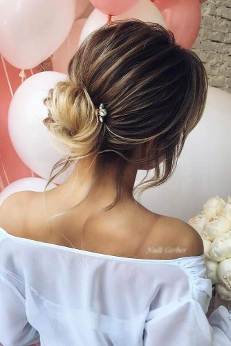 Pretty Updos for Medium Hair picture 2