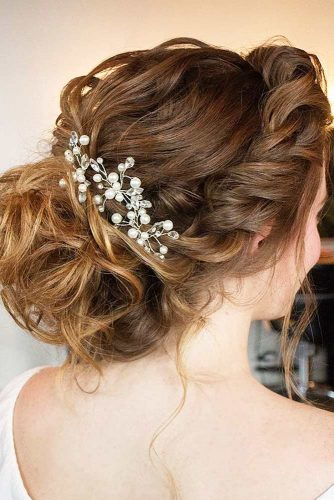 Elegant Updos for Medium Hair picture 1