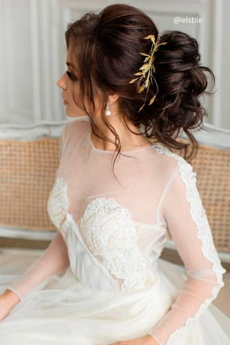 Chic Wedding Hairstyles for Long Hair picture 1