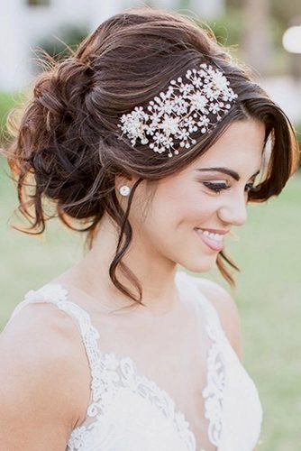 Updos Hairstyles for Long Hair picture 2