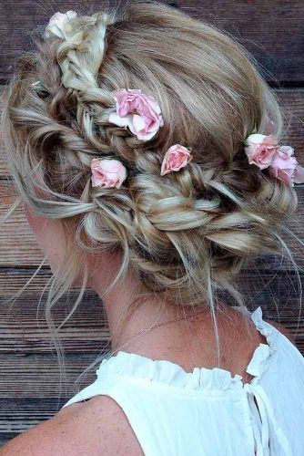 Wedding Hairstyles with Flower picture2