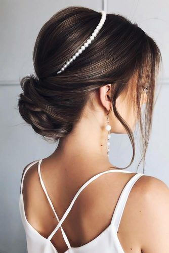 Low Buns With Pearls Headband #updo #weddinghairstyles