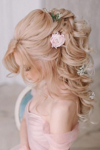 Lovely Half Up Half Down Hairstyles picture 3