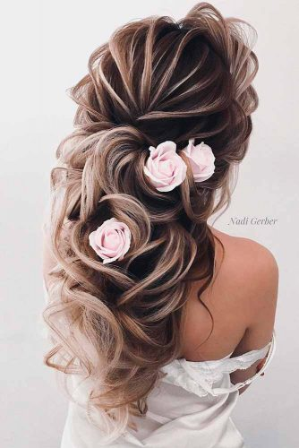 Half Up Half Down Hairstyles for Every Girl's Big Day picture3