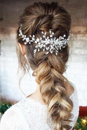 Fantastic Hairstyles with Jewelry picture 3