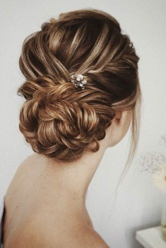 Amazing Hairstyles with Accessories picture2