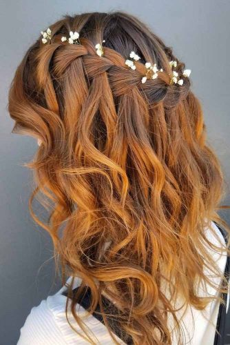 Nice Wavy Prom Hairstyle for Middle Length Hair picture1