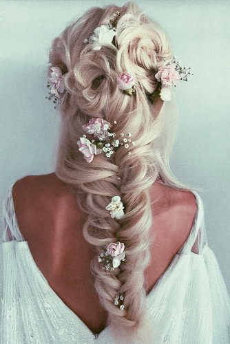Half Up Half Down Hairstyles for Every Girl's Big Day picture2