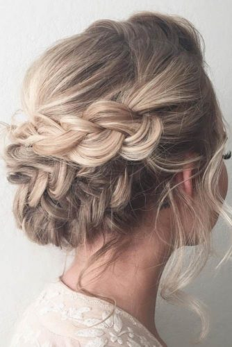 Wear Braided Hairstyle and Look Like Hollywood Diva picture 1