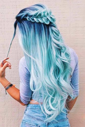 Gorgeous Half-Up Braids Ideas Fishtail #braids #bluehair #longhair