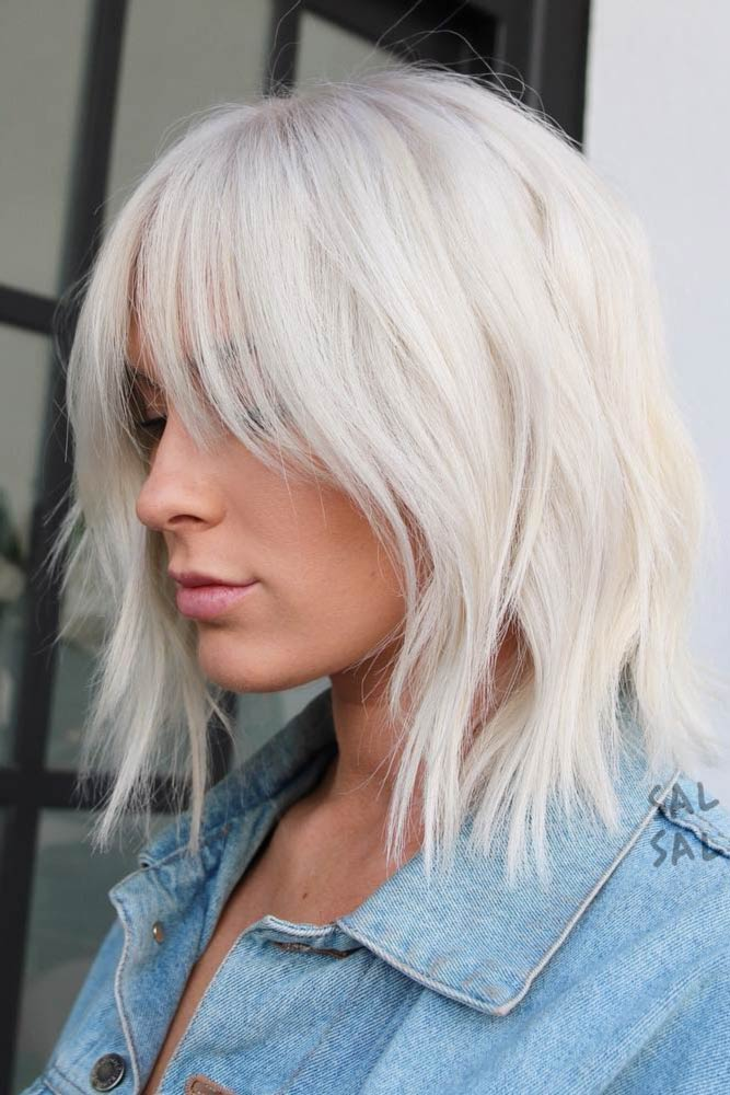 Blonde Medium Length Hairstyles With Curtain Bangs #mediumhairstyles #hairstyles #mediumlengthhairstyles #bangs