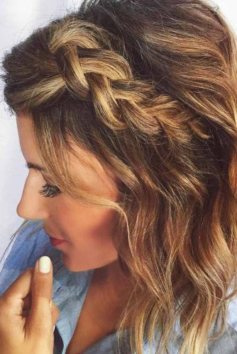 Hairstyles Ideas With Messy Side Braids #braids #wavyhair #shorthair
