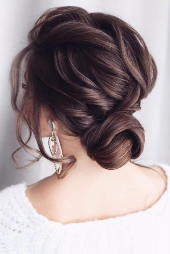 Voluminous Low Bun #updo #mediumhair #hairstyles