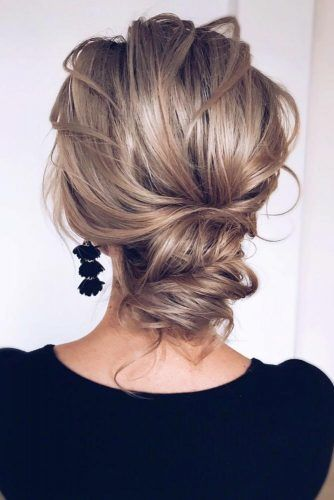 Beautiful Messy Updos #updo #mediumhair #hairstyles
