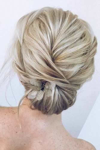 Soft Low Bun Wit Accessories #mediumhairstyles #updos #easyupdos