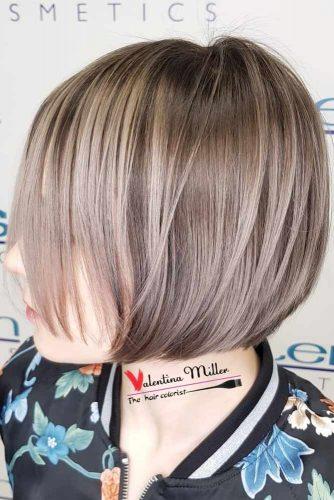 Straight Short Hair Styles With Beige Highlights #shorthair #shorthairideas #bobhaircut #hairstyles #beigehighlights