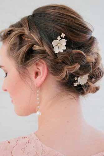 Amazing Hairstyles for Brides with Medium Hair picture3
