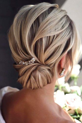 Accessorized Low Buns Blonde #mediumhair #weddinghairstyles