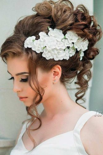 Hairstyles for Braids with Flowers picture2